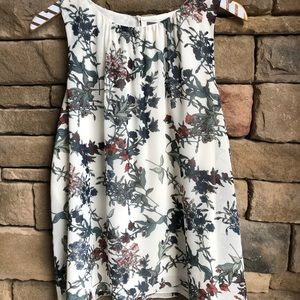 Vince Camuto Cream floral Sleeveless Blouse